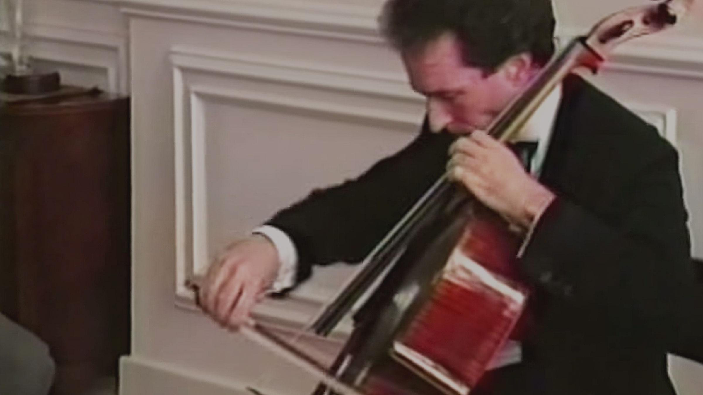 Nathaniel Rosen and Ayke Agus perform Sarasate's Zapateado